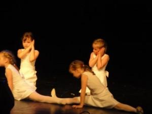 Haraka Lasteaia tantsijad