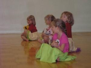 Karikakar tantsijad noorem rühm